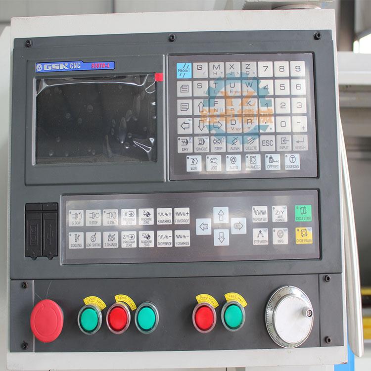 CK6136 CNC LATHE