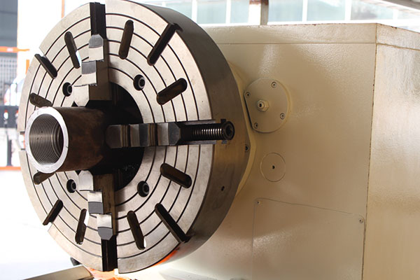 Pipe Threading Universal Lathe Machine Q245 (8)